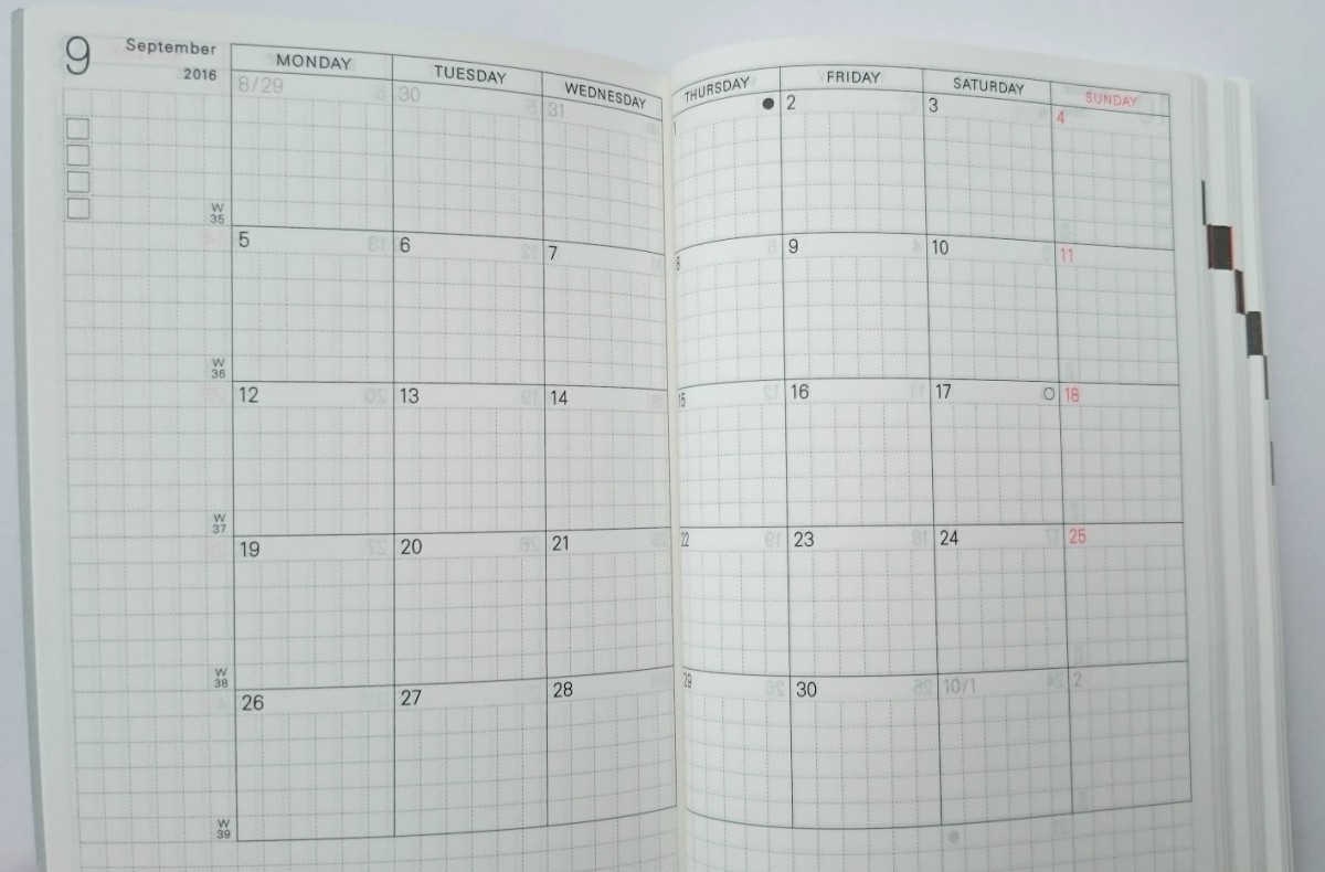 Hobonichi Techo Planner Month to View