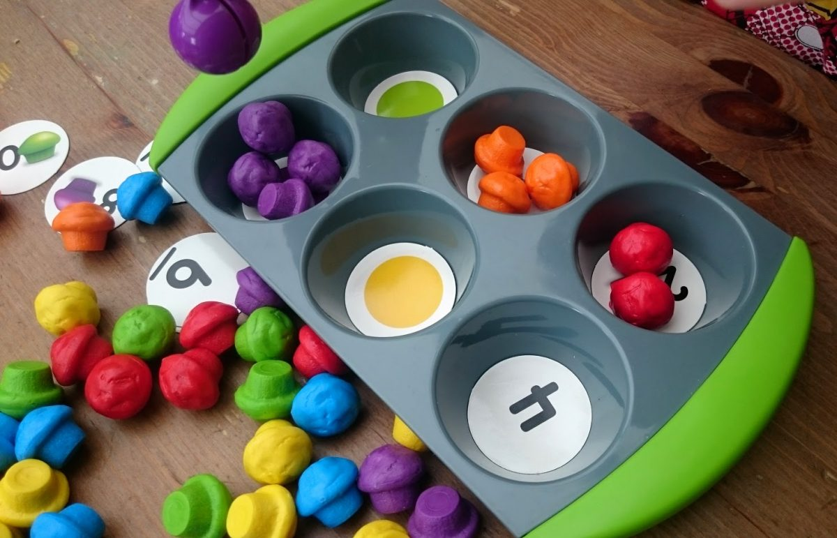 Mini Muffin Activity and Maths set